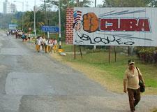 Pix_2007-03_3061-Cuba_Cienfuegos_NoBloqueoR.jpg